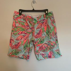 Lilly Pulitzer the chipper short size 12